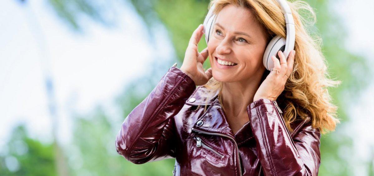 Podcasts für Frauen ab 40